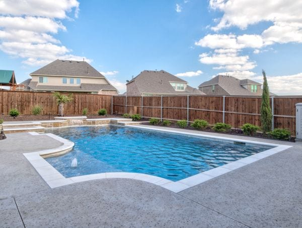 A gorgeous free-form pool in a Texas backyard.